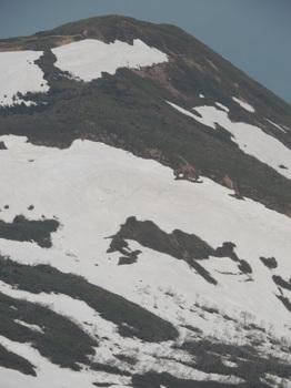 ⑤秣岳東北面の雪形駒か牛か?DSCN1213.JPG